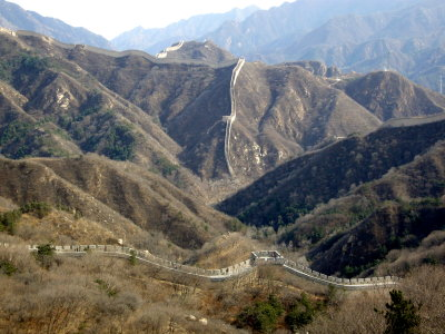 A long, sinuous stretch of the Great Wall at Badaling