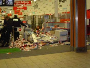 trashed Media Markt store in Poland